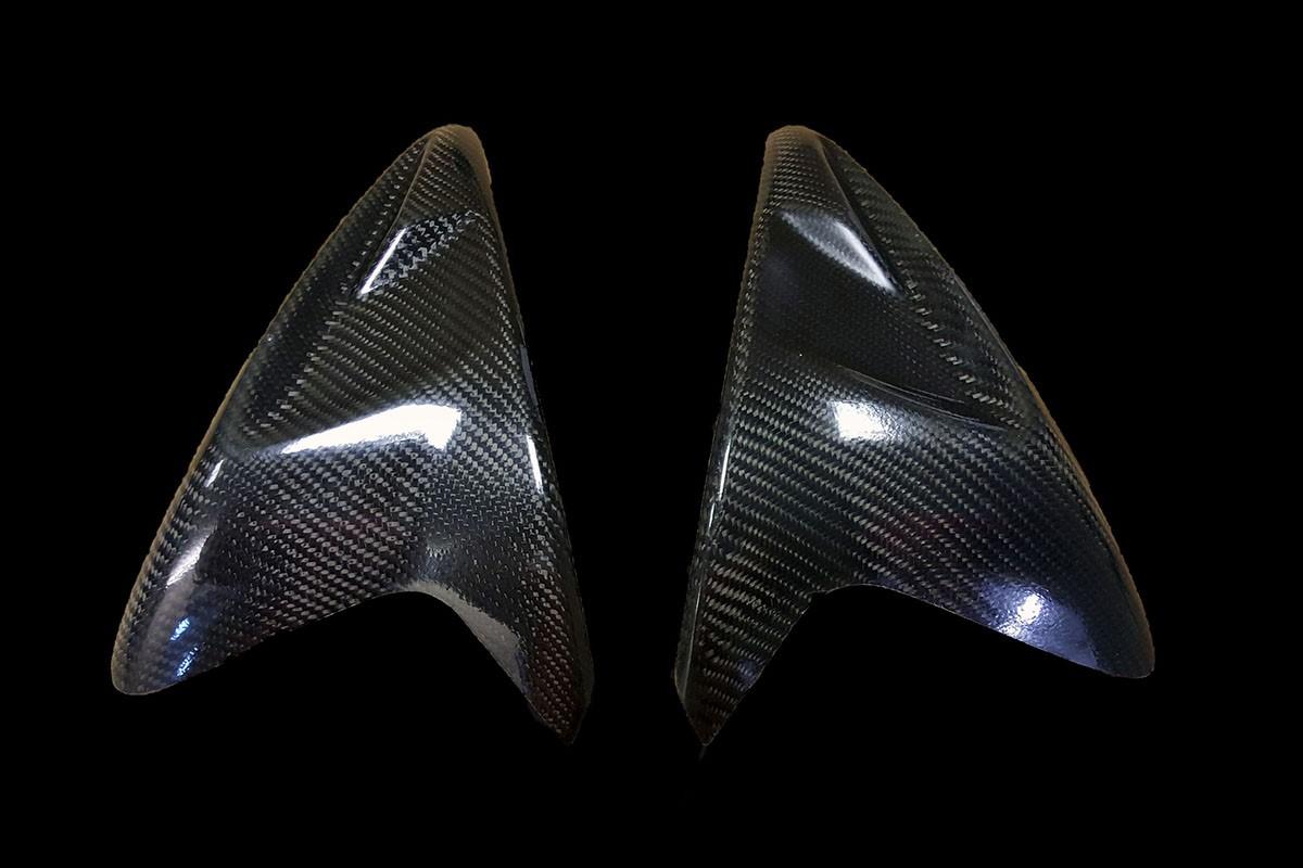 suzuki-l1-gsxr-600-750-carbon-fibre-tank-protectors
